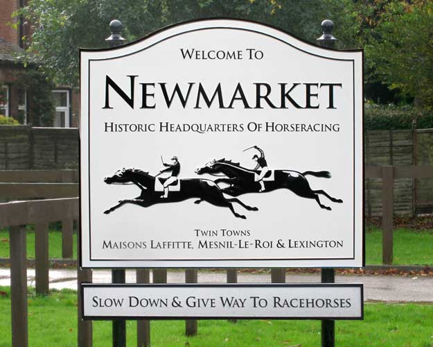 Newmarket Boundary Sign